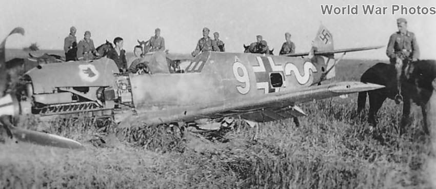 Crashed Bf109E of the III/JG 77 Eastern Front