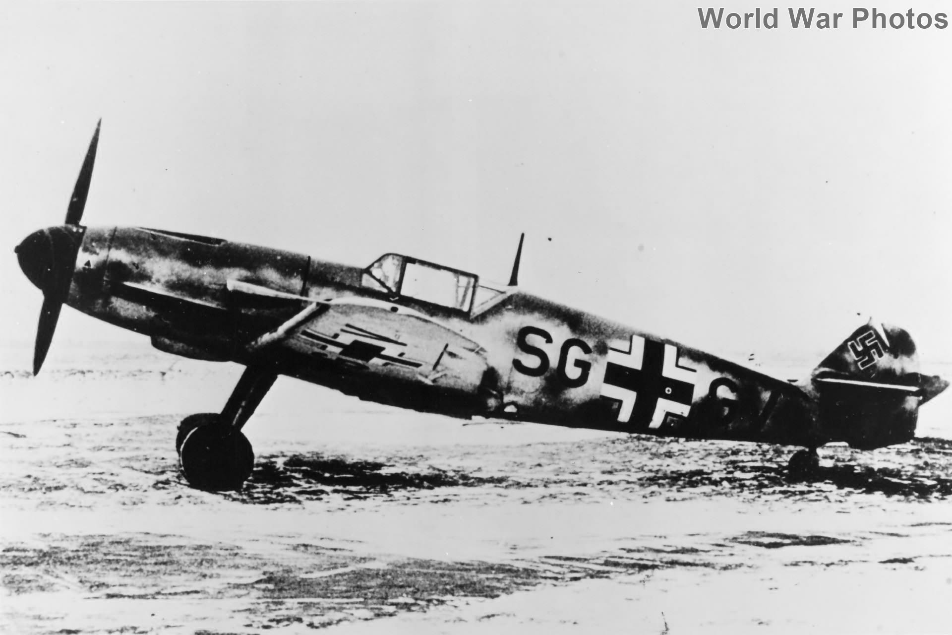 Early Bf109 F-2 code SG+GV