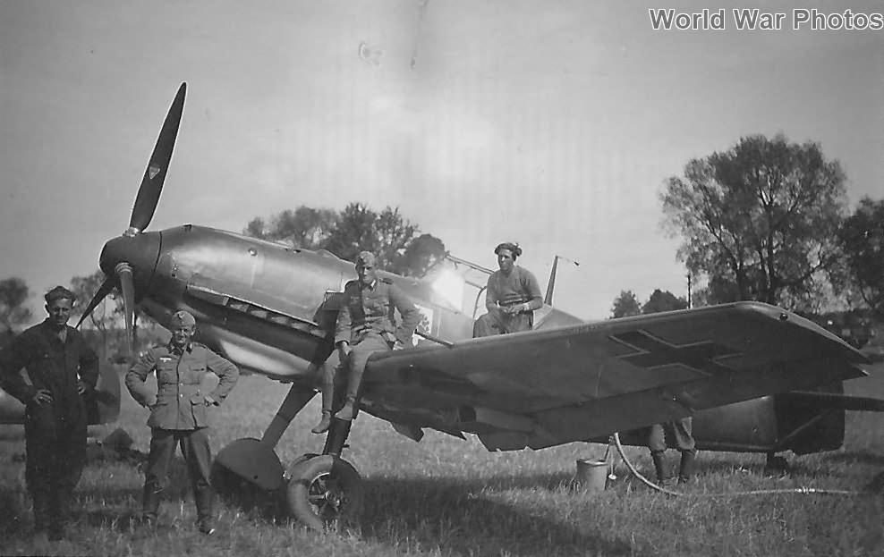Bf109E of the 2/JG54