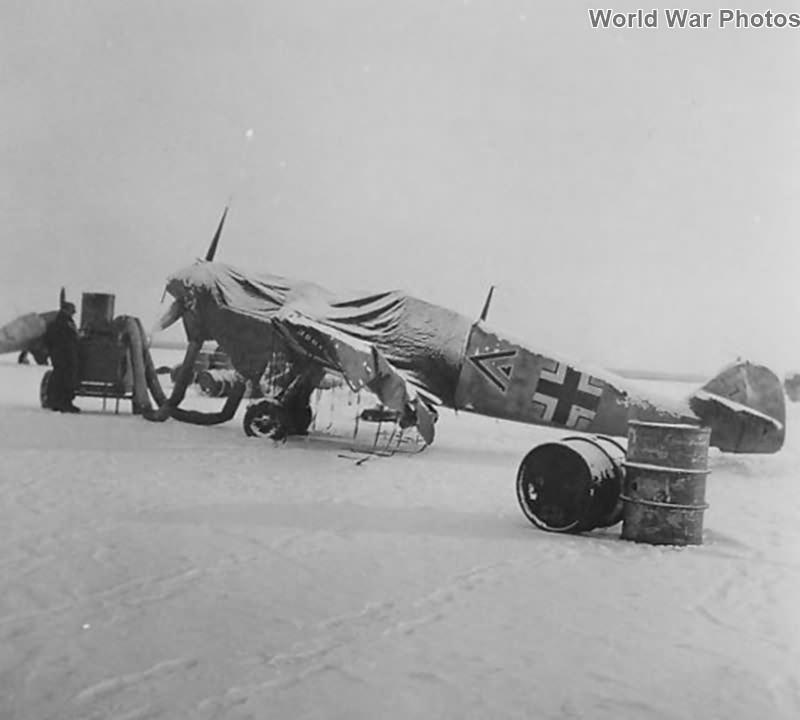 Me109 F-2 of the Stab I/JG 51, pilot Wiilli Hachfeld Stara-Russa