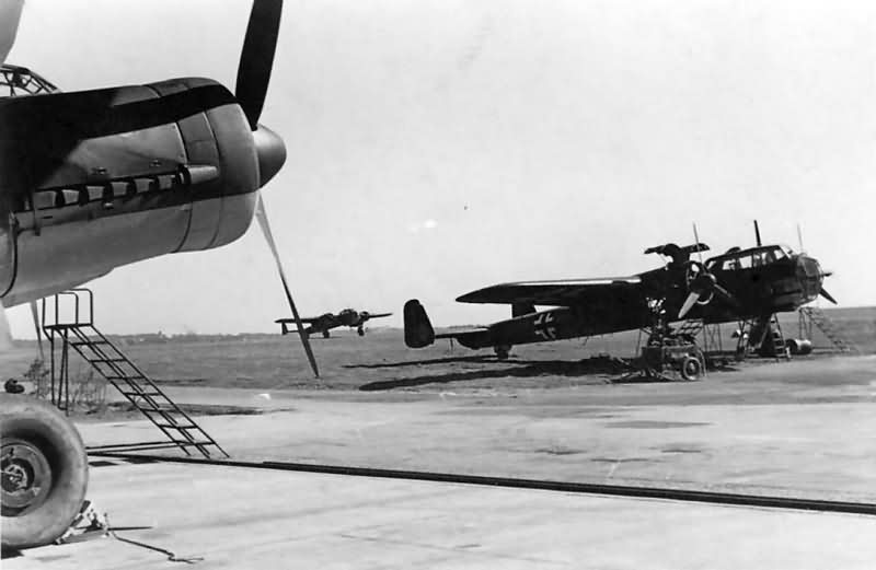 Do17 and Ju88 A 7T+BH of the 1/KGr 606 Ansbach 1941