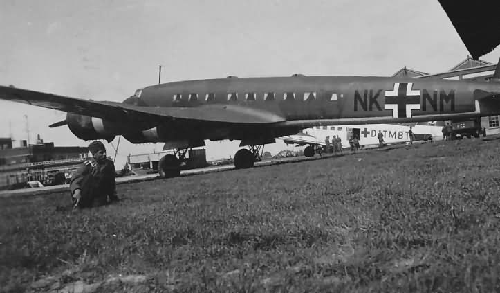 Fw 200 S8 code NK+NM WNr 3098 from FdF 1940