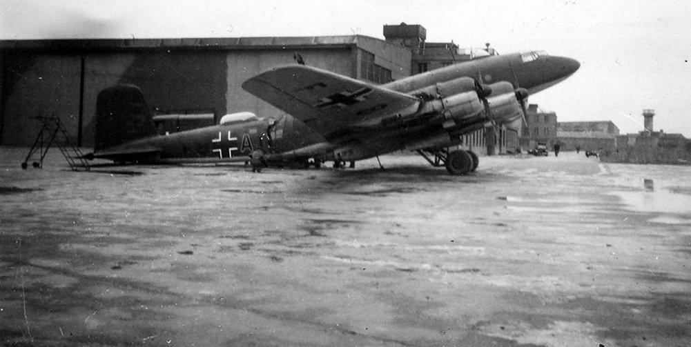Focke Wulf Fw 200 C-3 KG40 code F8+AI