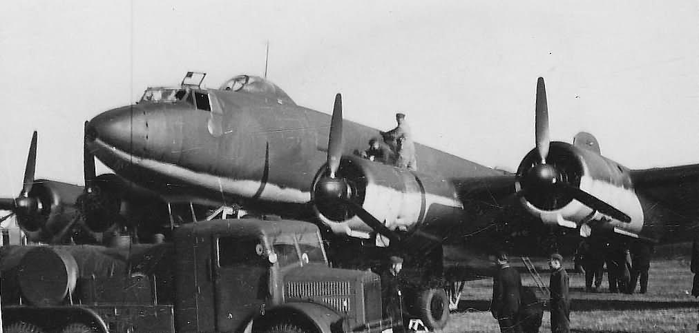 Focke-Wulf Fw200 C-1 maintenance before take off