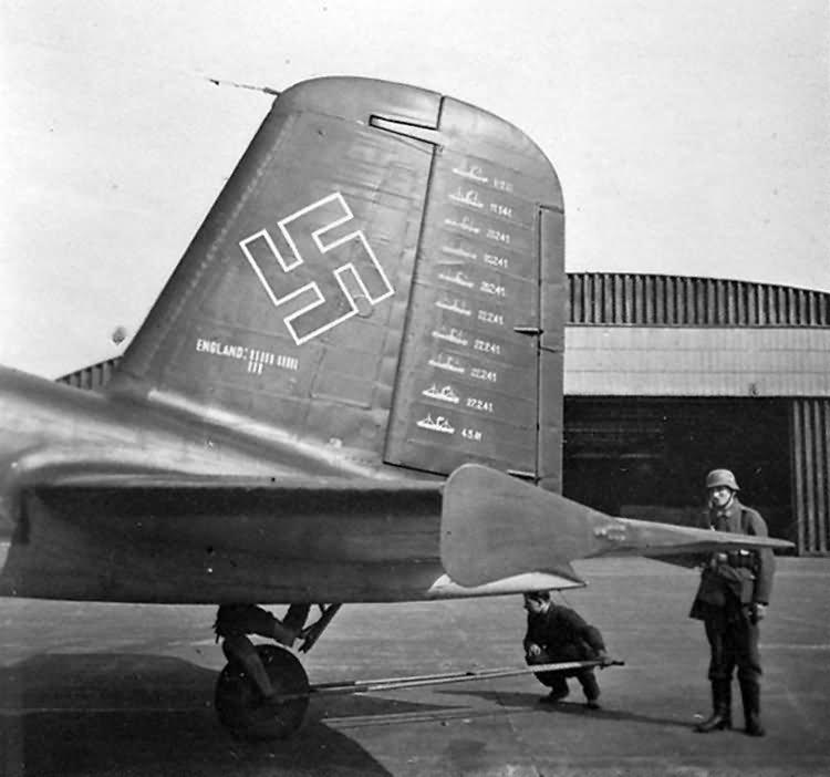 Fw200 C code F8+BW, pilot Hauptmann Daser