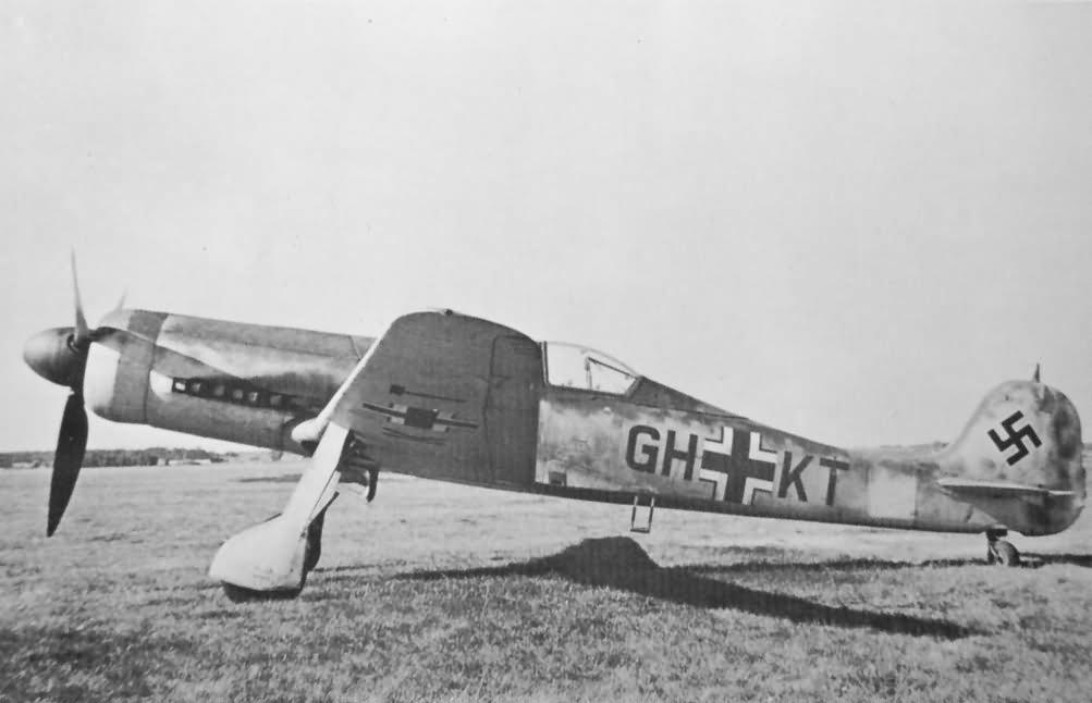 Focke Wulf Fw 190 V30 U1 GH+KT