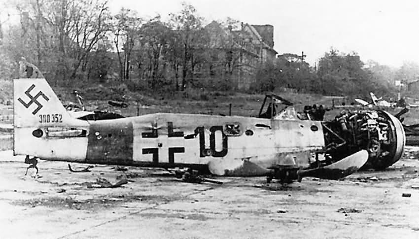 Focke Wulf Fw 190 black 10