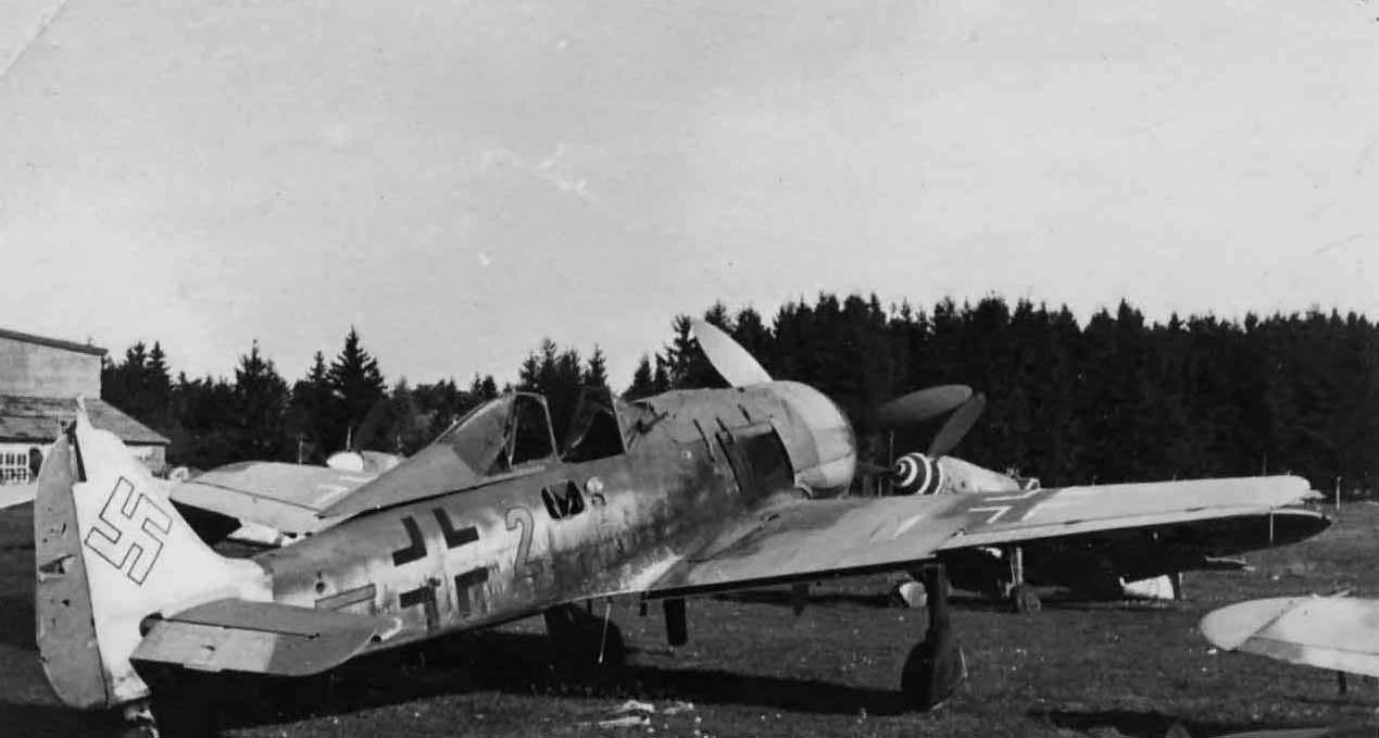 Focke Wulf Fw 190 yellow 2