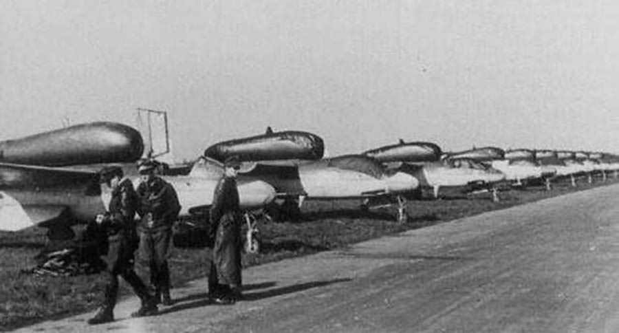 Jet fighters He 162 Volksjäger at Leck May 1945