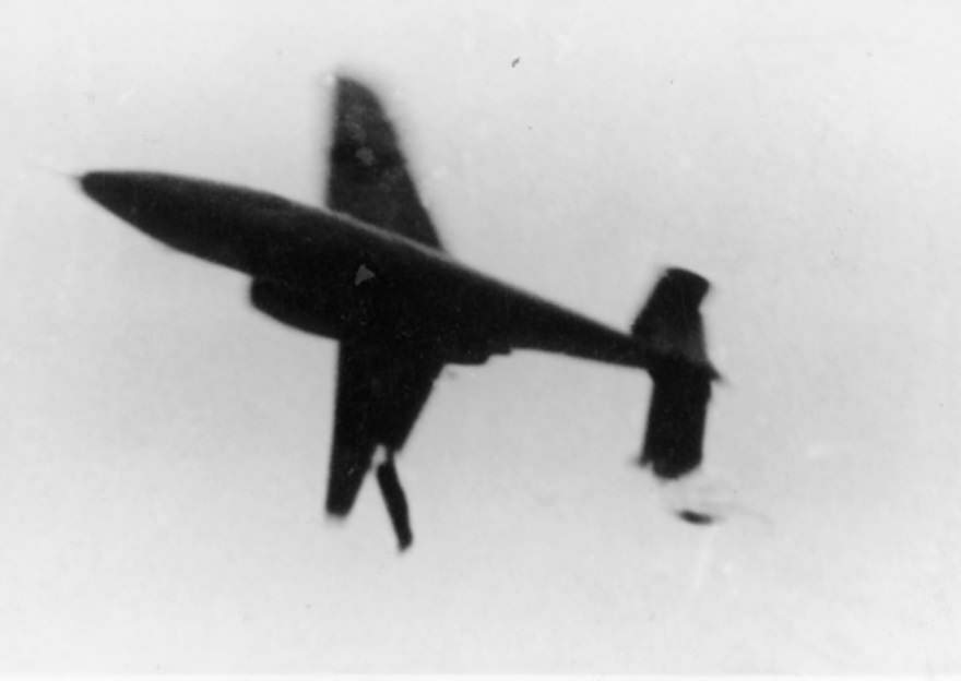 He 162 V1 in roll just before crash, 10 December 1944