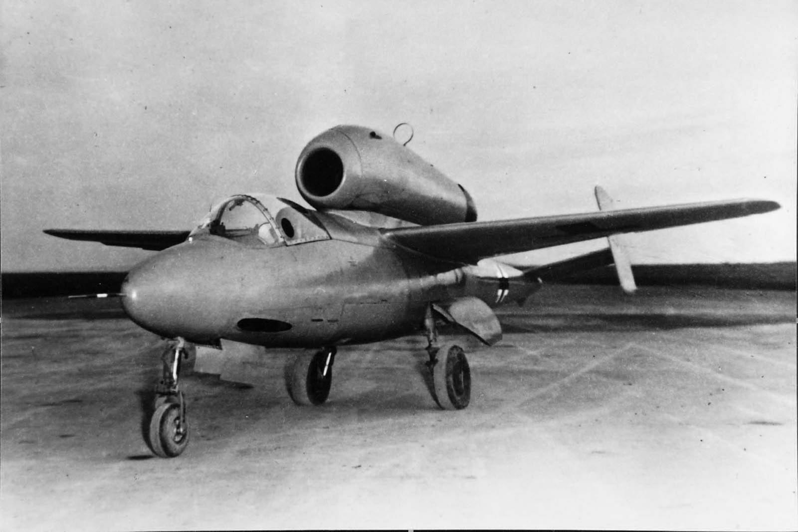 Heinkel He162 V-1 prototype W.Nr. 200 001