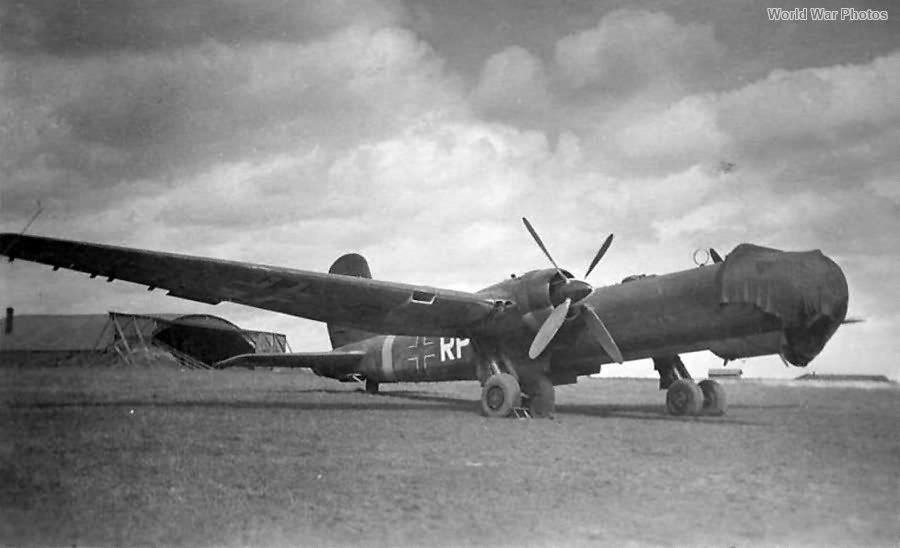 He177 A-1 15266 VF-RP Bourges 44