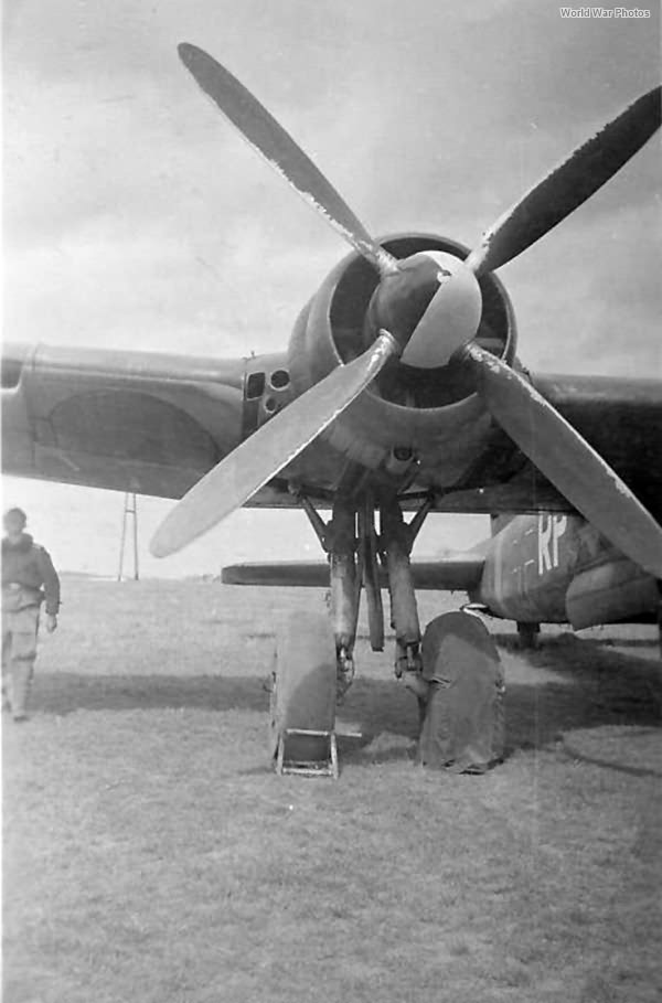 He 177A-1 VF-RP of the KG 1 Bourges 44 2