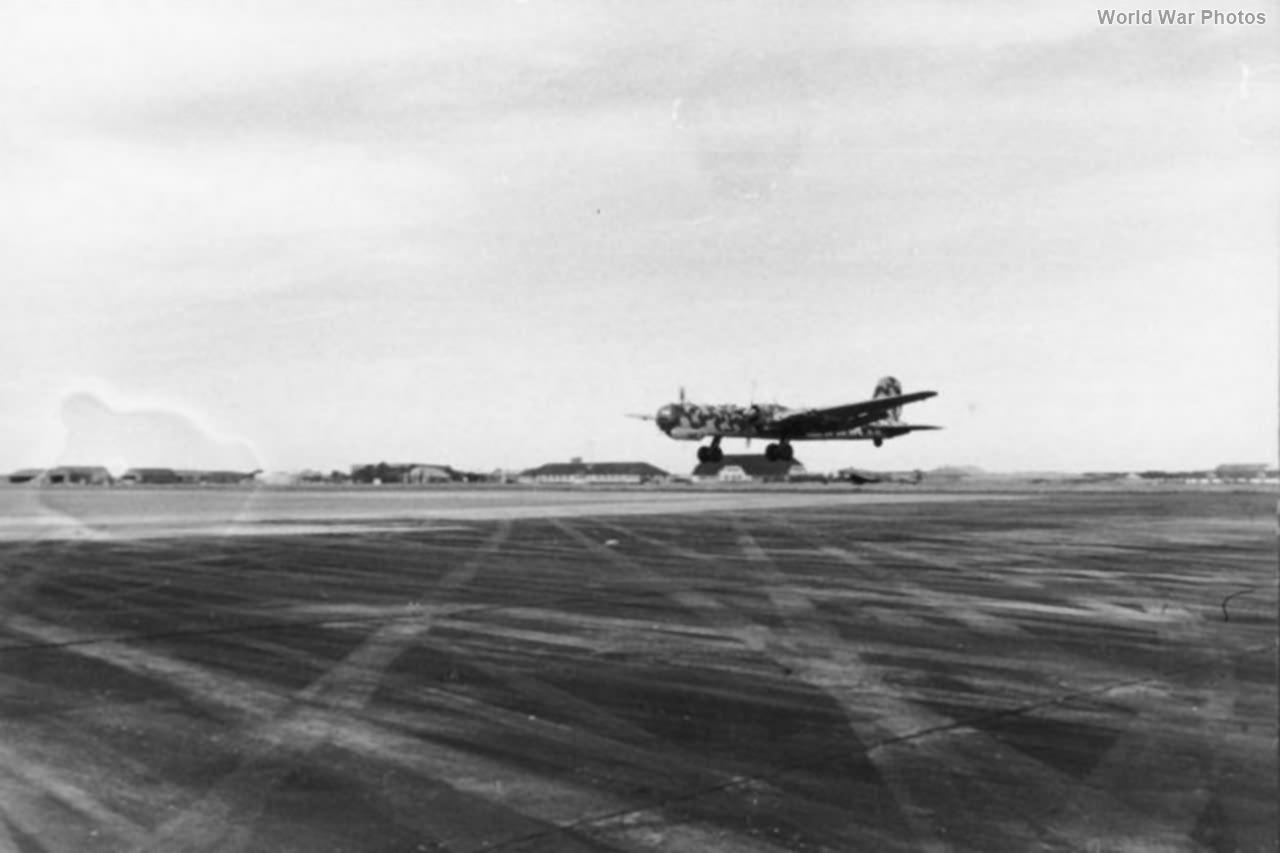 Heinkel He 177 landing