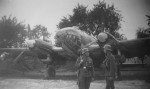 Luftwaffe soldiers next to He111 bomber