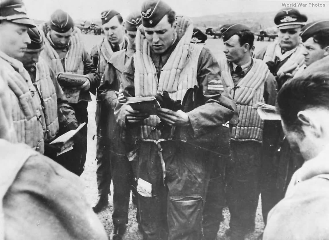 Luftwaffe Officer Gives Final Instructions to Stuka Pilots 41