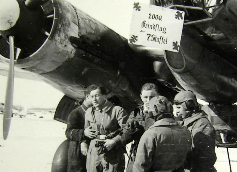 Ju 88 Wintertarn mit Besatzung 2000 Feindflug Russia
