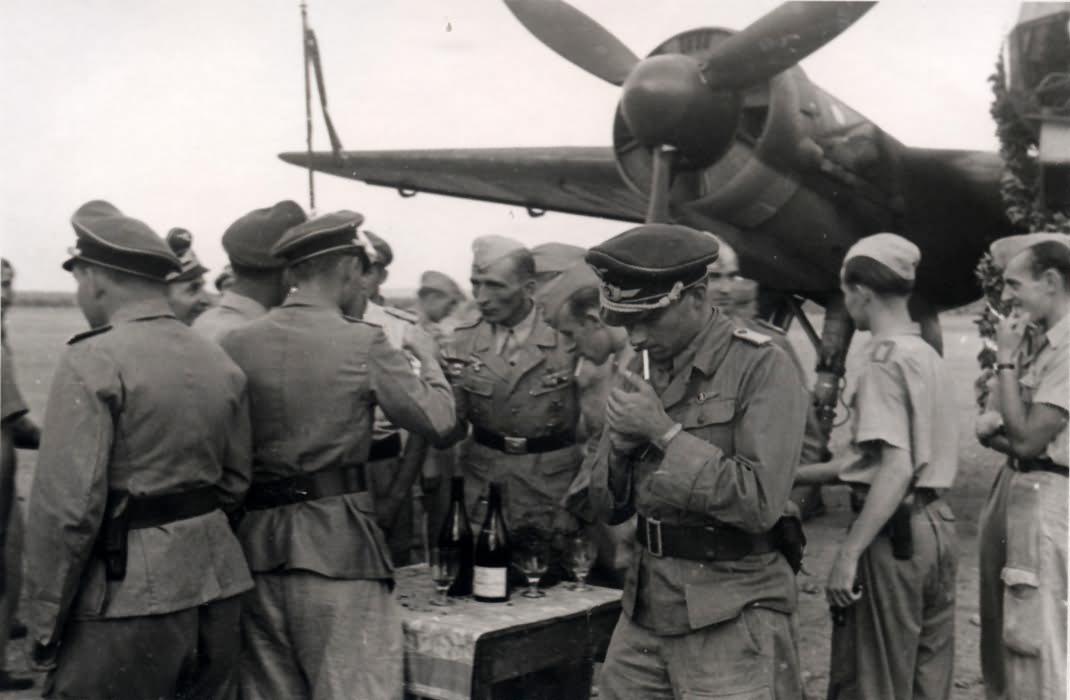 Ju88 4000 Feindflug Oltn Hessinger Italy 1943