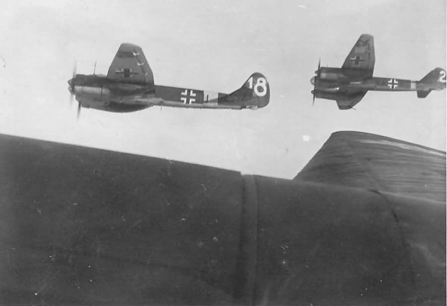 Ju 88 A V4+IU and V4+BU of 10/KG 1 Stara Bychow July 1942