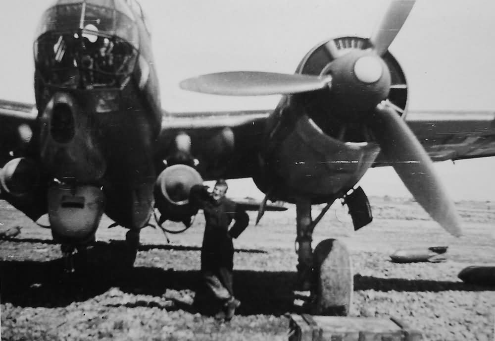 Ju 88 with 2 x 1000 kg Bombs Italy