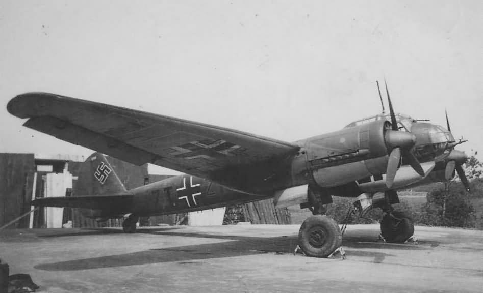 Junkers Ju 88 7T+ of the Kustenfliegergruppe 606 in Holland 1940