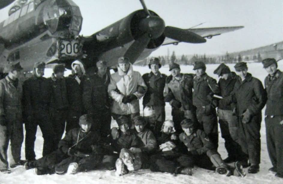 ju88 crew after 200 missions
