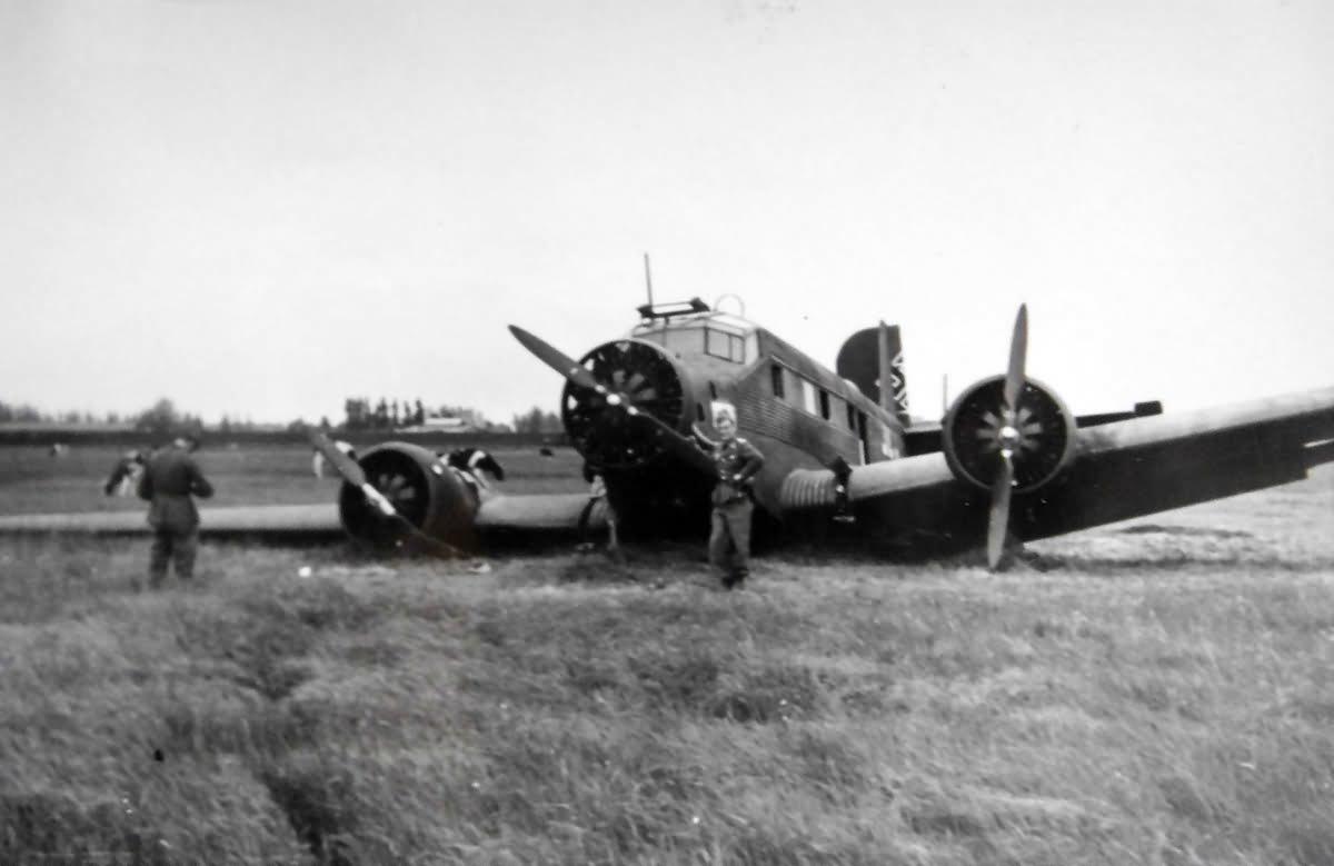 Junkers Ju 52 belly landing