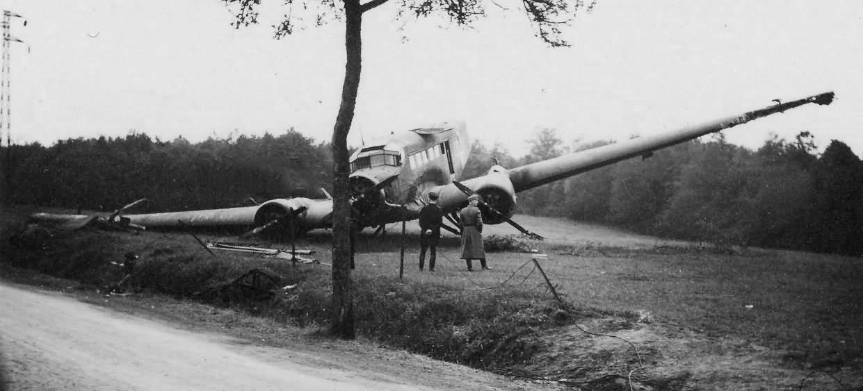 Junkers Ju 52 crashed