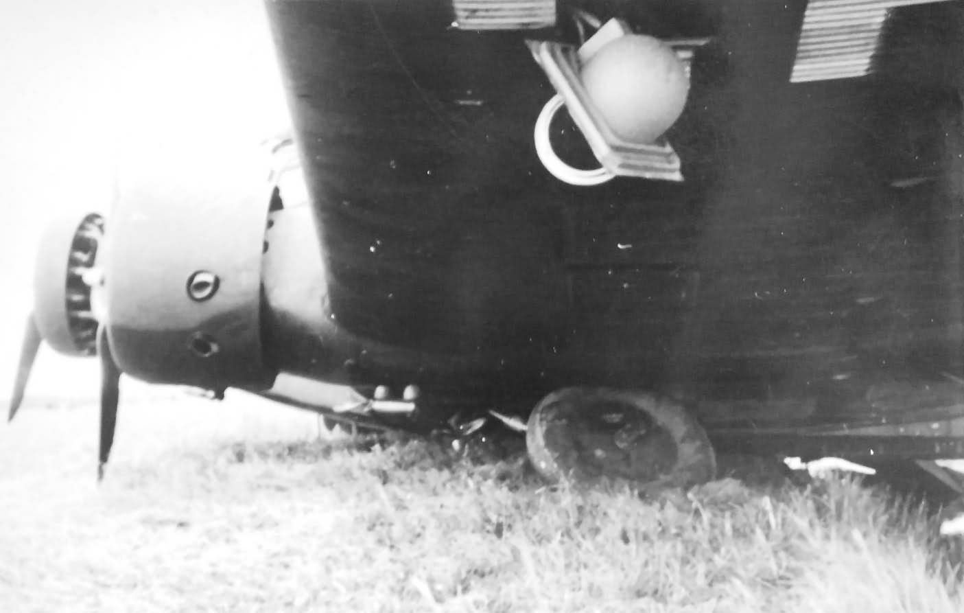 Junkers Ju 52 damaged
