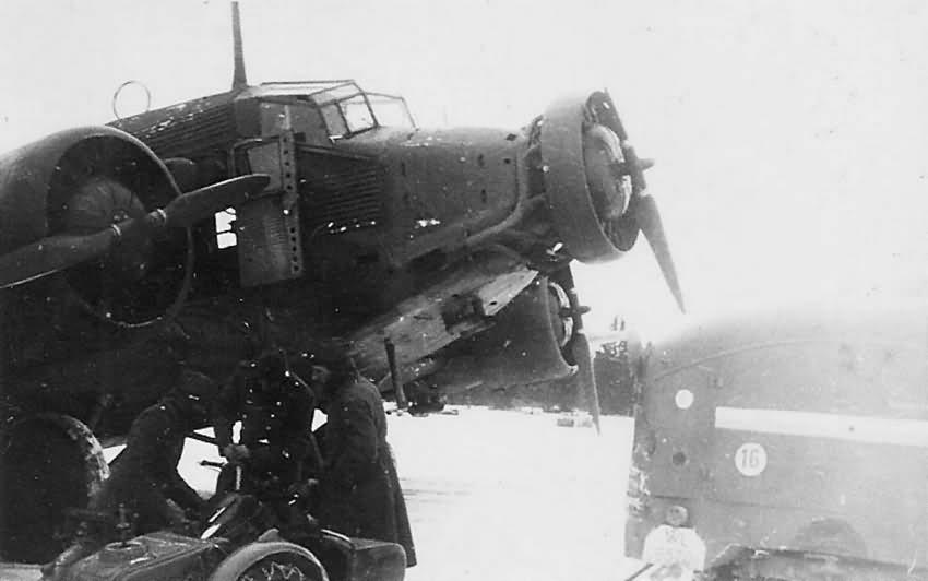 Junkers Ju 52 winter