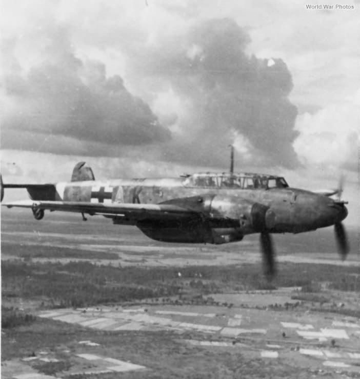 Messerschmitt Bf 110G in flight