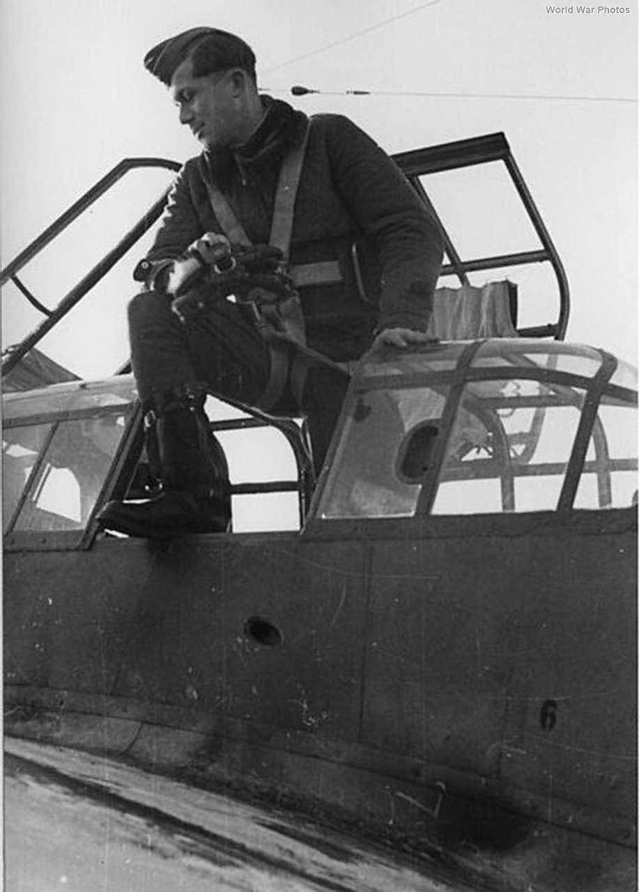 Messerschmitt Me 110 rear gunner