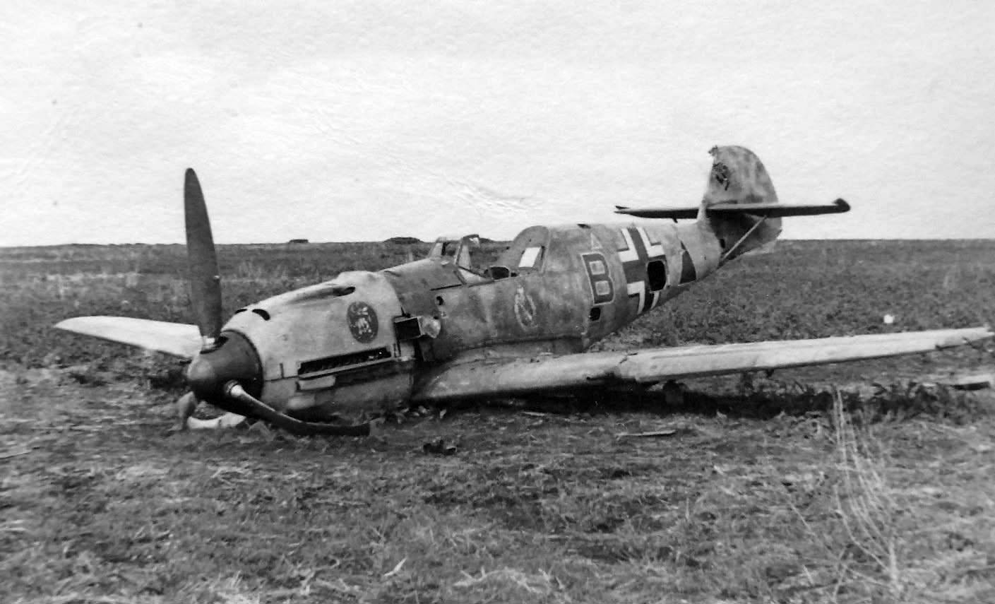 "Fighter-bomber Bf 109E JABO ""B"" of the SG1 1942"