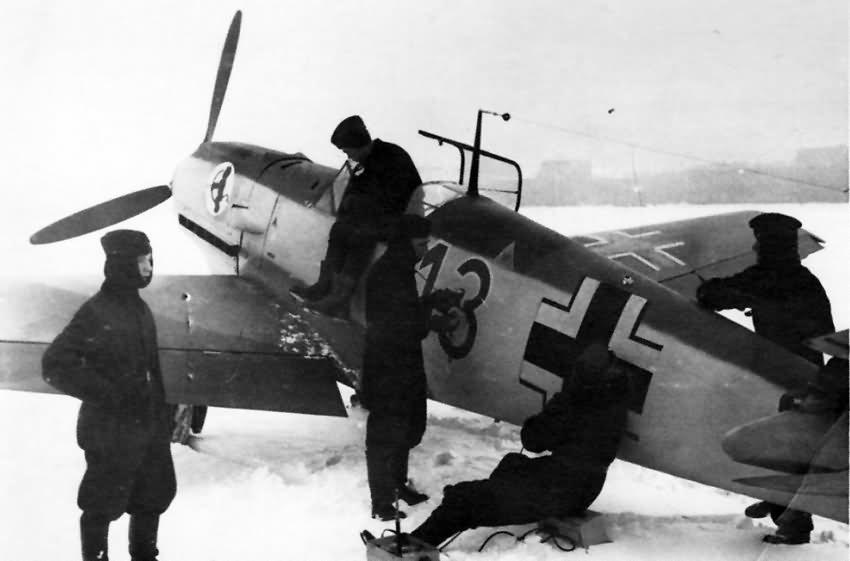 Bf109E red 13 5.JG 52 pilot Ali Griener 1940