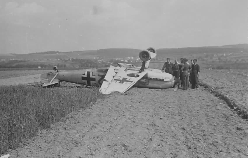 Bf109E red 2 5.JG 54 1940