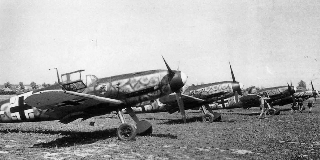 Luftwaffe German day fighter Bf109F of II/JG 54