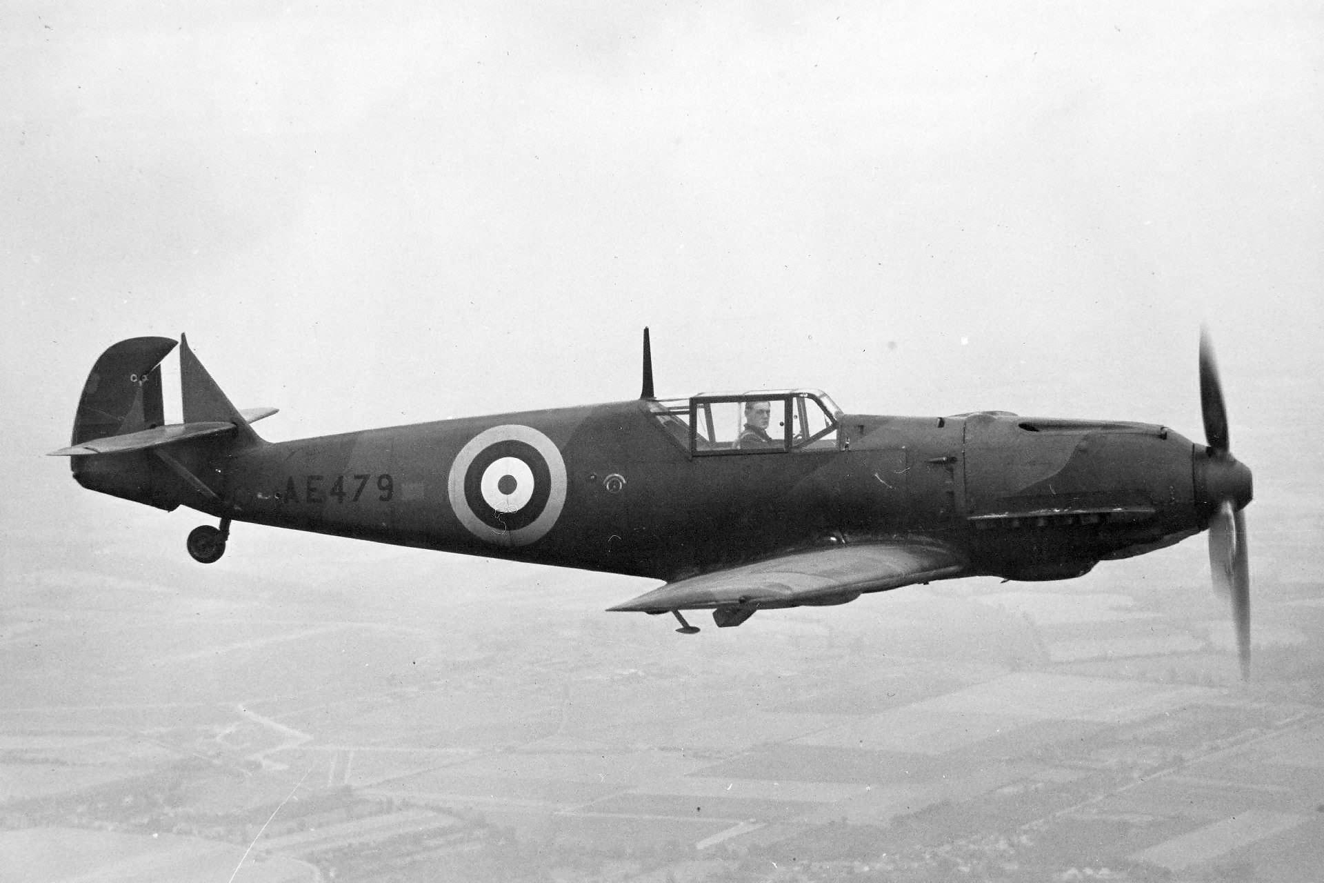 Captured Bf109 E-3 W.Nr. 1034 AE479