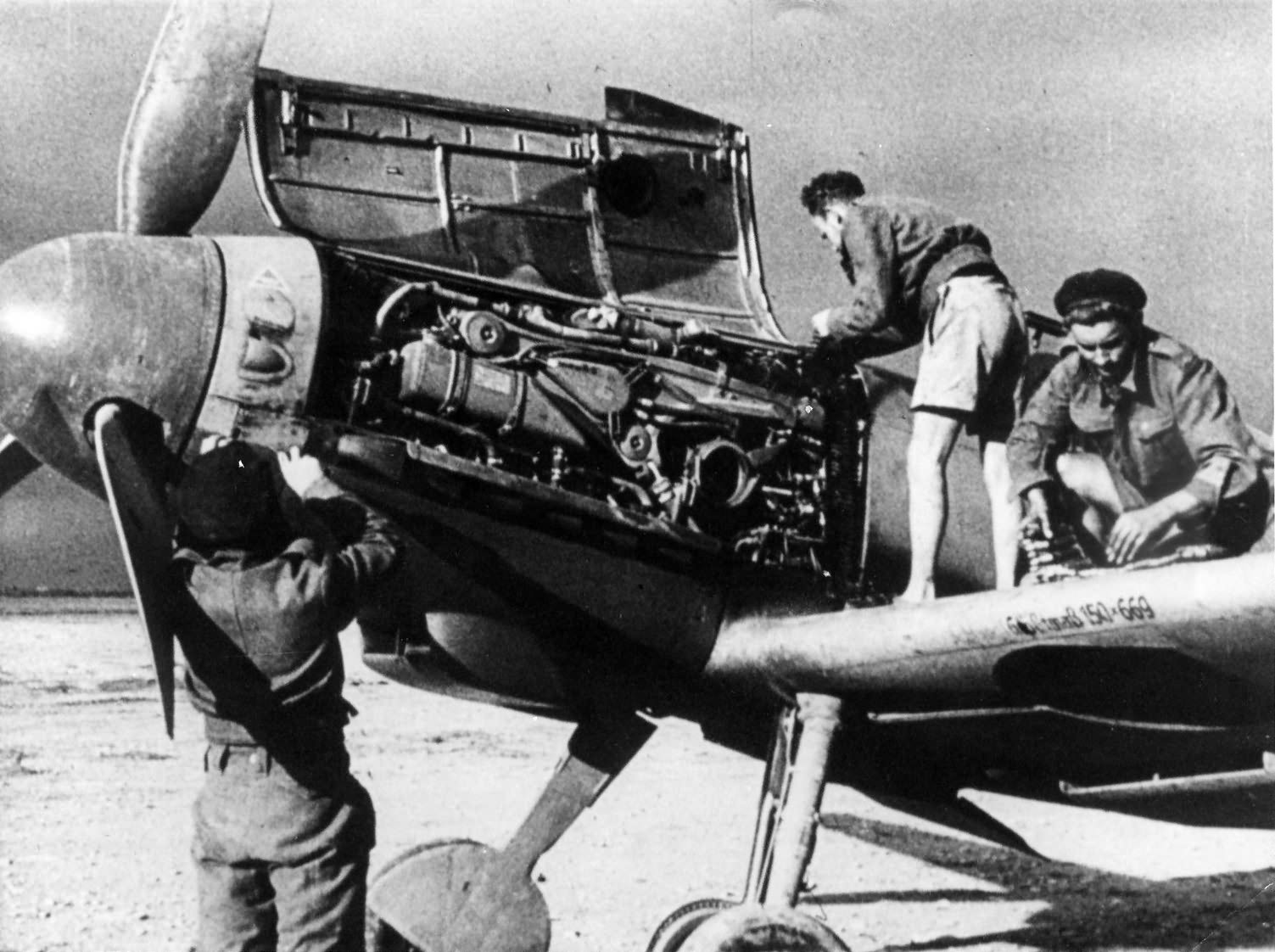 Bf109 F of the JG 27 in Africa 1943