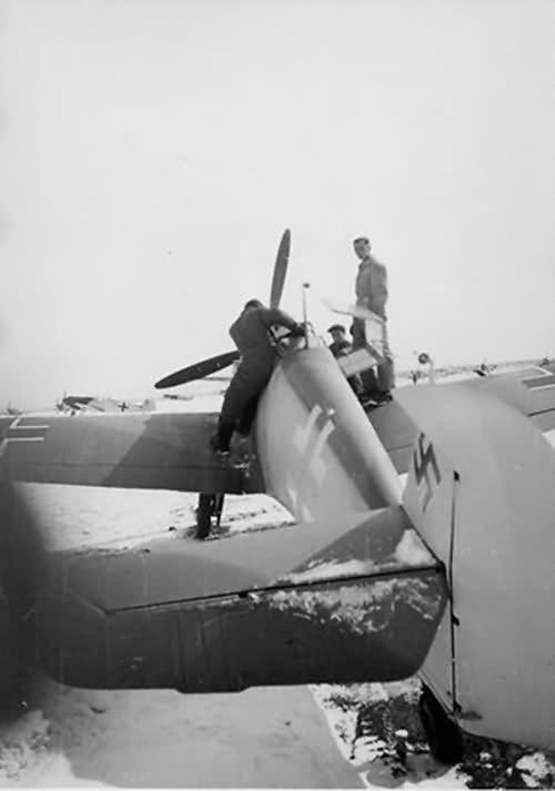 Bf 109 in Wiener Neustadter Flugzeugwerke factory 15