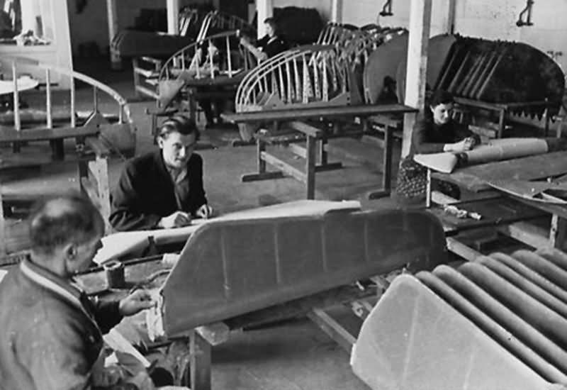Bf 109 in Wiener Neustadter Flugzeugwerke factory 17