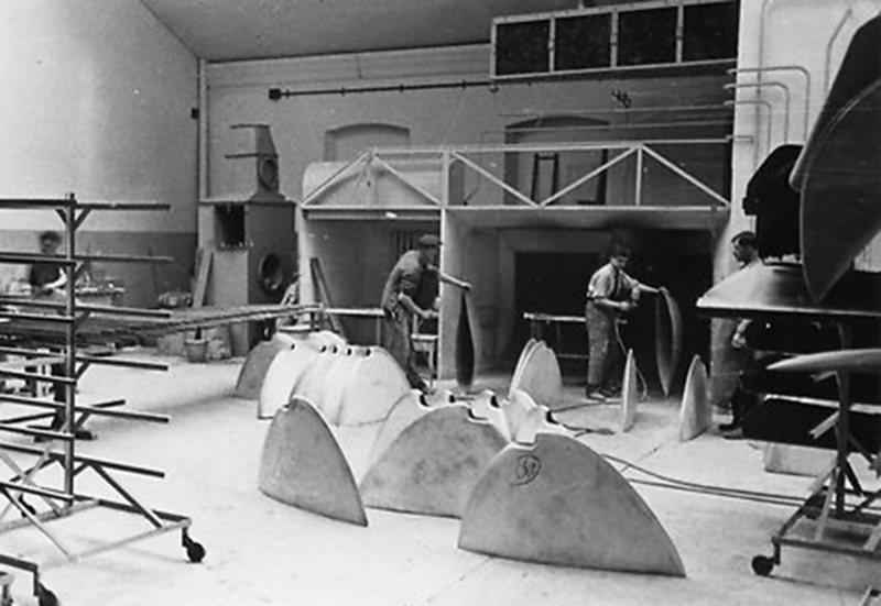 Bf 109 in Wiener Neustadter Flugzeugwerke factory 20