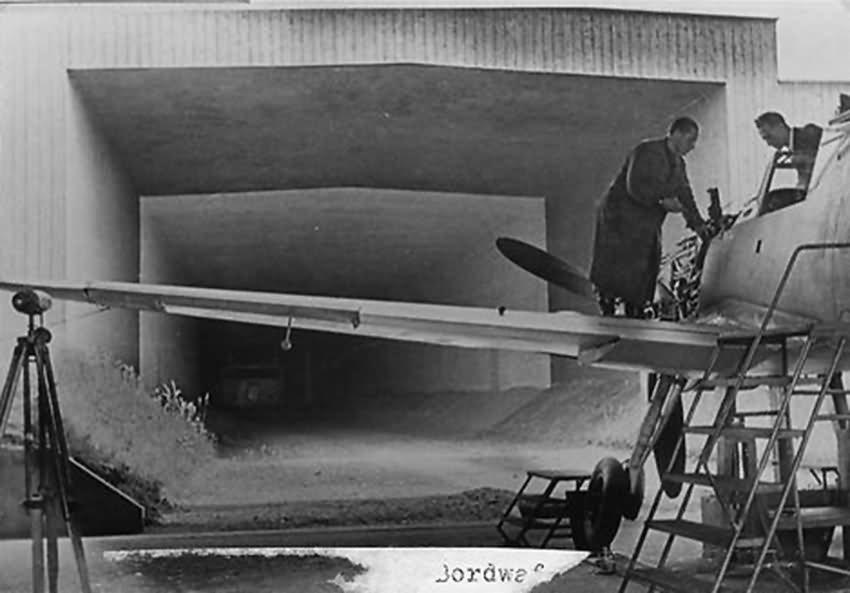 Bf 109 in Wiener Neustadter Flugzeugwerke factory 7