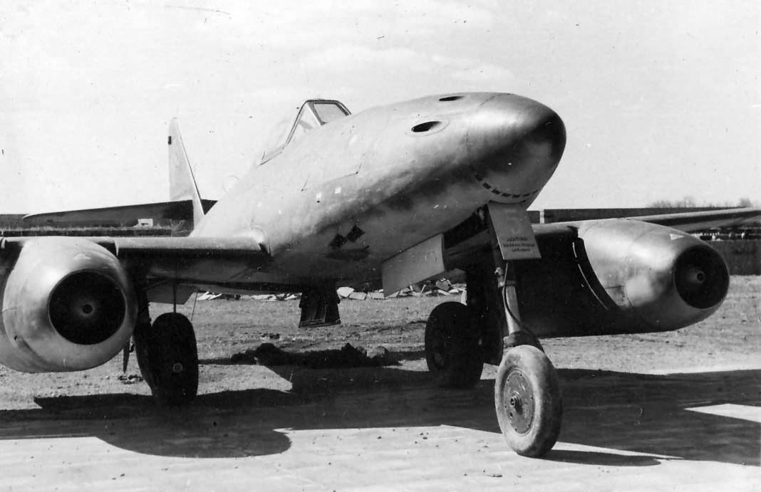 "Me 262A-1a ""5"" of the JV 44"