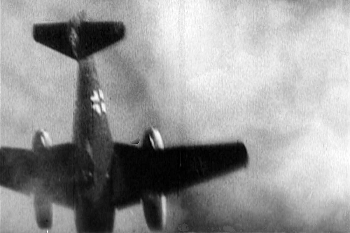 Camera Gun Camera Footage me 262 8th af gun camera footage 2 world war photos 2