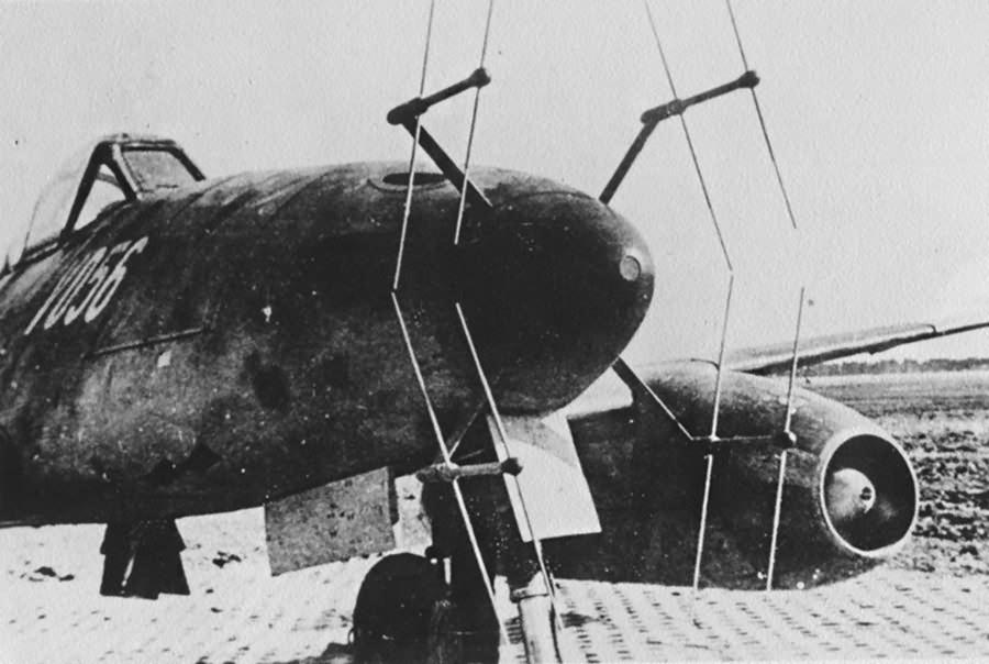 Me 262 V056 Nachtjager W.Nr. 170056 with FuG218 radar