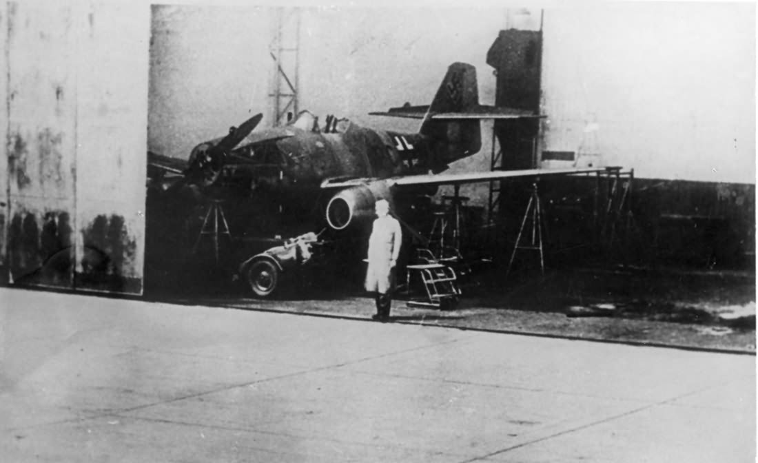 First prototype Me 262 V1 PC+UA