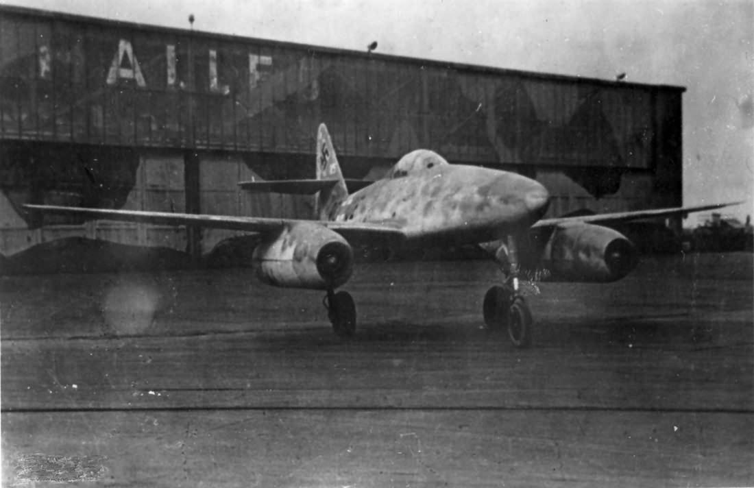 Fifth prototype Me 262 V5 PC+UE