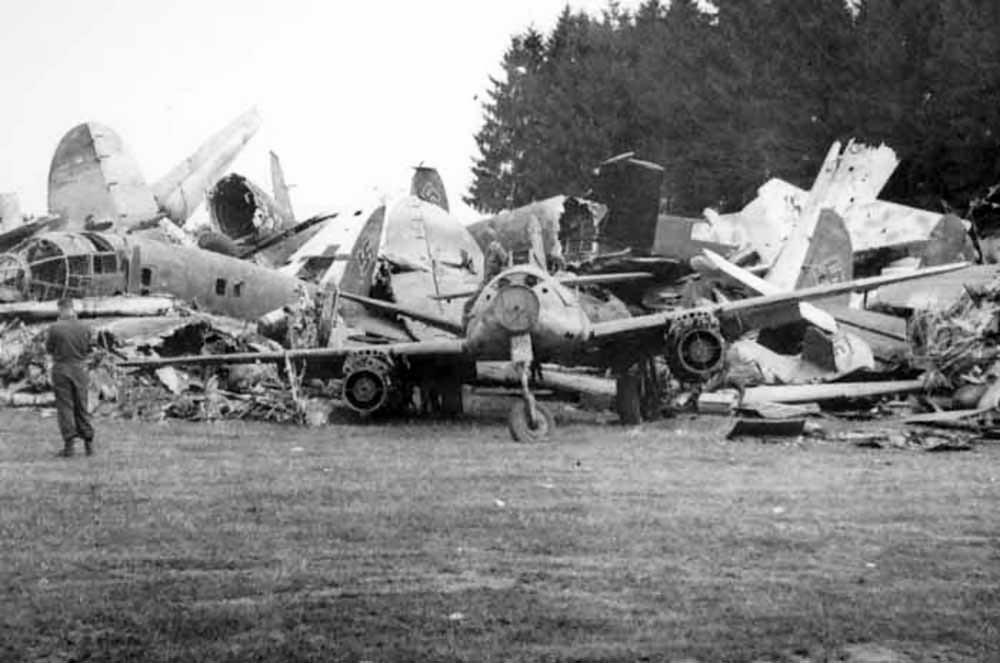 Messerschmitt Me 262 wreckage