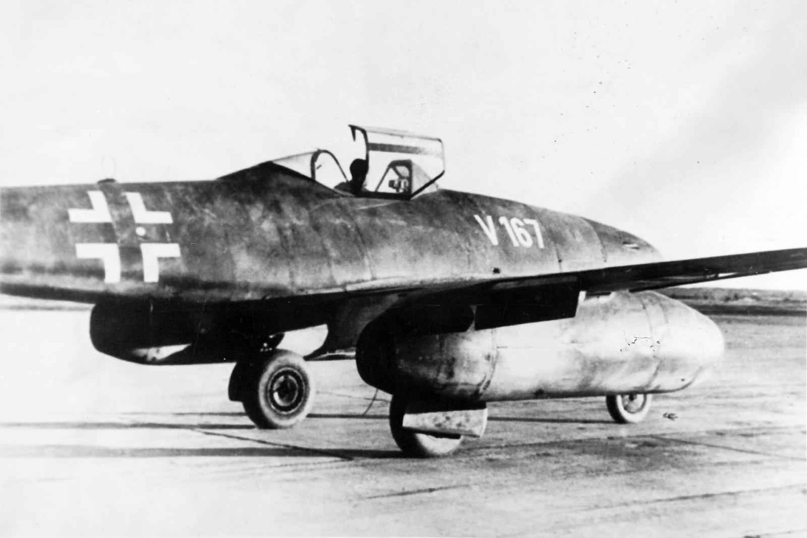 """Me 262 """"Schwalbe"""" V167"""