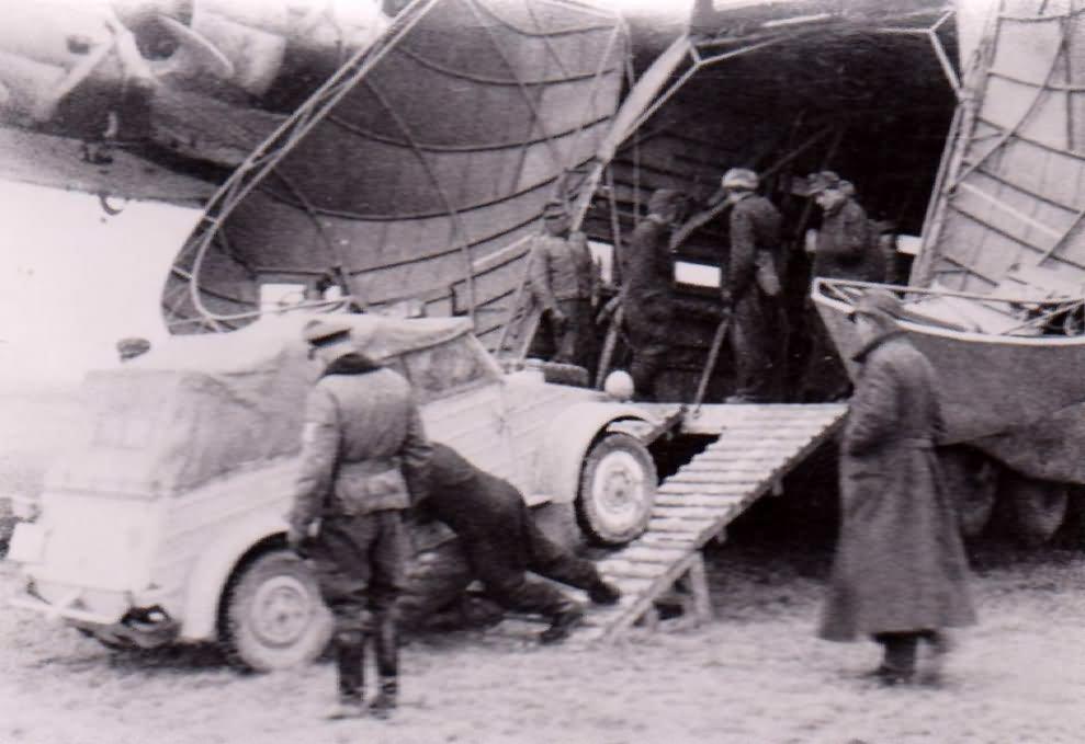 Me323 and vw kubelwagen 2
